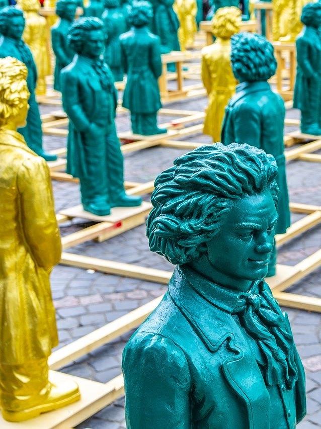 Beethoven Statuen